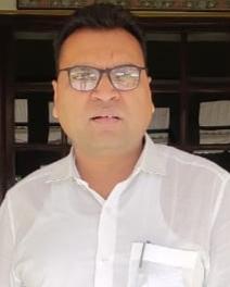 जिले में घर-घर सर्वे में जुटी एएनएम और आशा सहयोगिनी- डॉ. राजेश कुमार